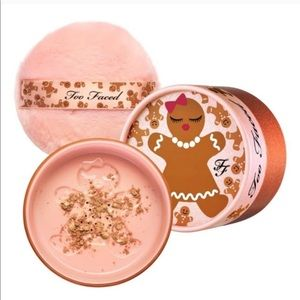 TOO FACED GINGERBREAD COOKIE KISSABLE BODY SHIMMER